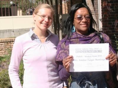 INISA Stipendiaten 2010: Fungai Manhanga und Regina Matengo
